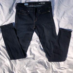 BNWOT Gap Dark Indigo Skinny Extra Long Jeans
